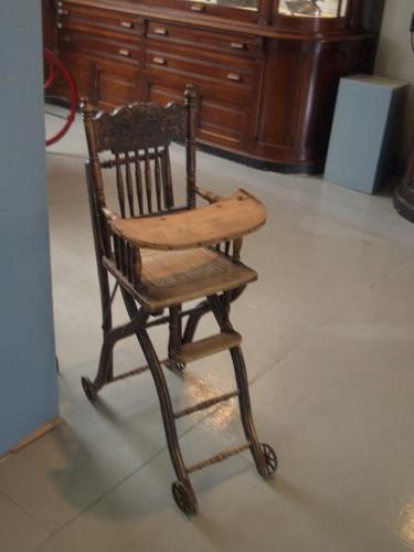 Antique high chair 2 image 375x500 pixels